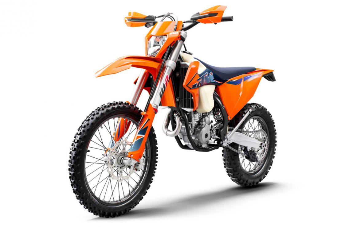 MOTORCYCLES KTM ENDURO MY22 378277_250EXC-FMY22Front-Left
