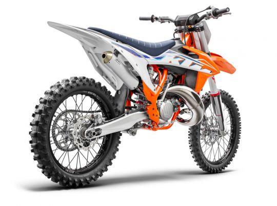 MOTORCYCLES KTM MOTOCROSS MY22 377761_150SXMY22Rear-right