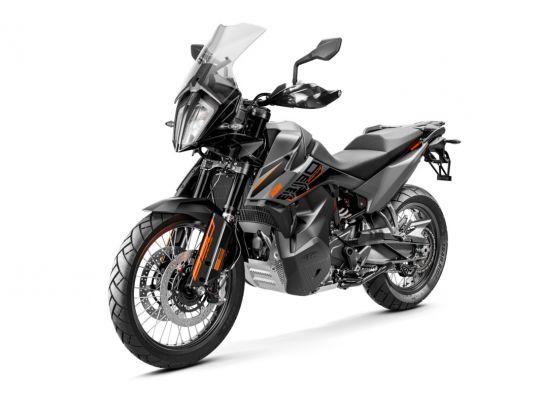 MOTORCYCLES KTM ADVENTURE MY21 890ADV 349185_890AdventureGREYMY21Front-LeftMY21KTM890ADVENTUREModelRange-Studio