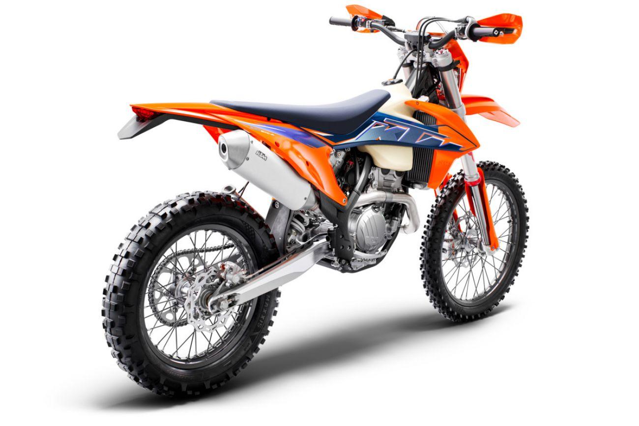 MOTORCYCLES KTM ENDURO MY22 378278_250EXC-FMY22Rear-Right
