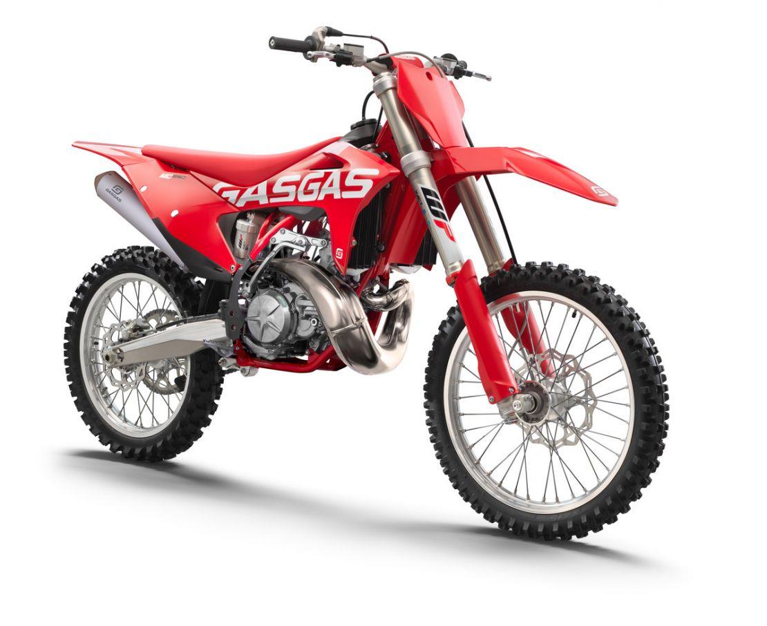 MOTORCYCLES GasGas MY22 MC MC250 16235_3236_MC250frontri_MY2021_Flat2