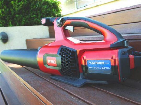 POWER_EQUIPMENT TORO 60v_range Blower-3-556x371