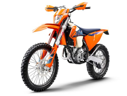 MOTORCYCLES KTM ENDURO MY22 378290_350EXC-FMY22Front-Left