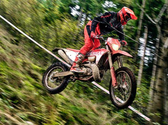 MOTORCYCLES GasGas MY21 ENDURO EC_300 5246_EC300-Action_9_