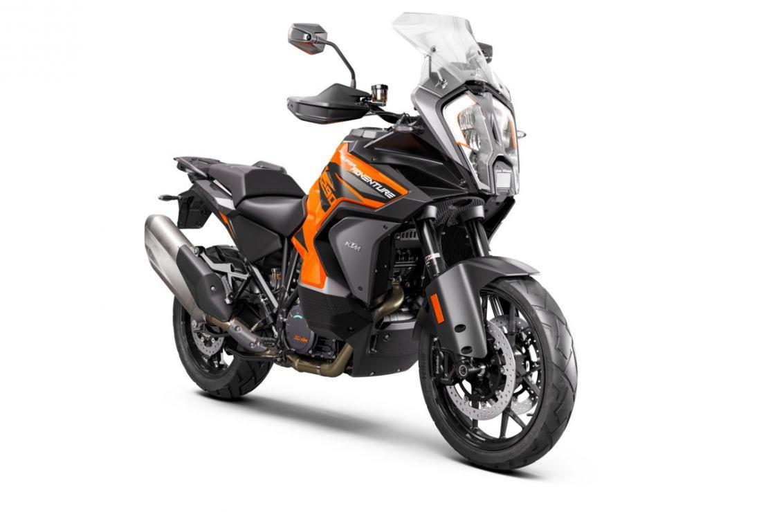 MOTORCYCLES KTM ADVENTURE MY21 1290ADV_S 379354_1290SADVSORANGEMY21Front-Right