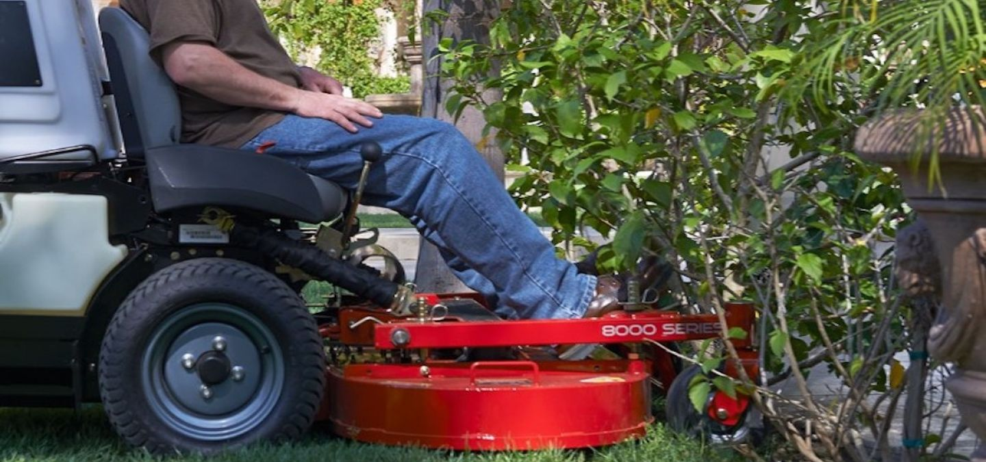 how to turn on a zero turn lawn mower