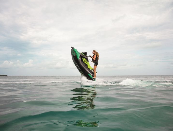 WATERSPORTS SEA-DOO_IMAGERY REC_LITE MY19_SPARK_TRIXX_CandleSideVie_110919082801_lowres