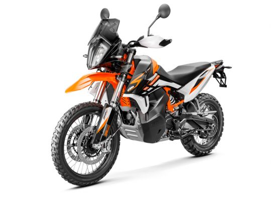 MOTORCYCLES KTM ADVENTURE MY21 890ADV_R 349179_890RAdventureMY21Front-LeftMY21KTM890ADVENTUREModelRange-Studio