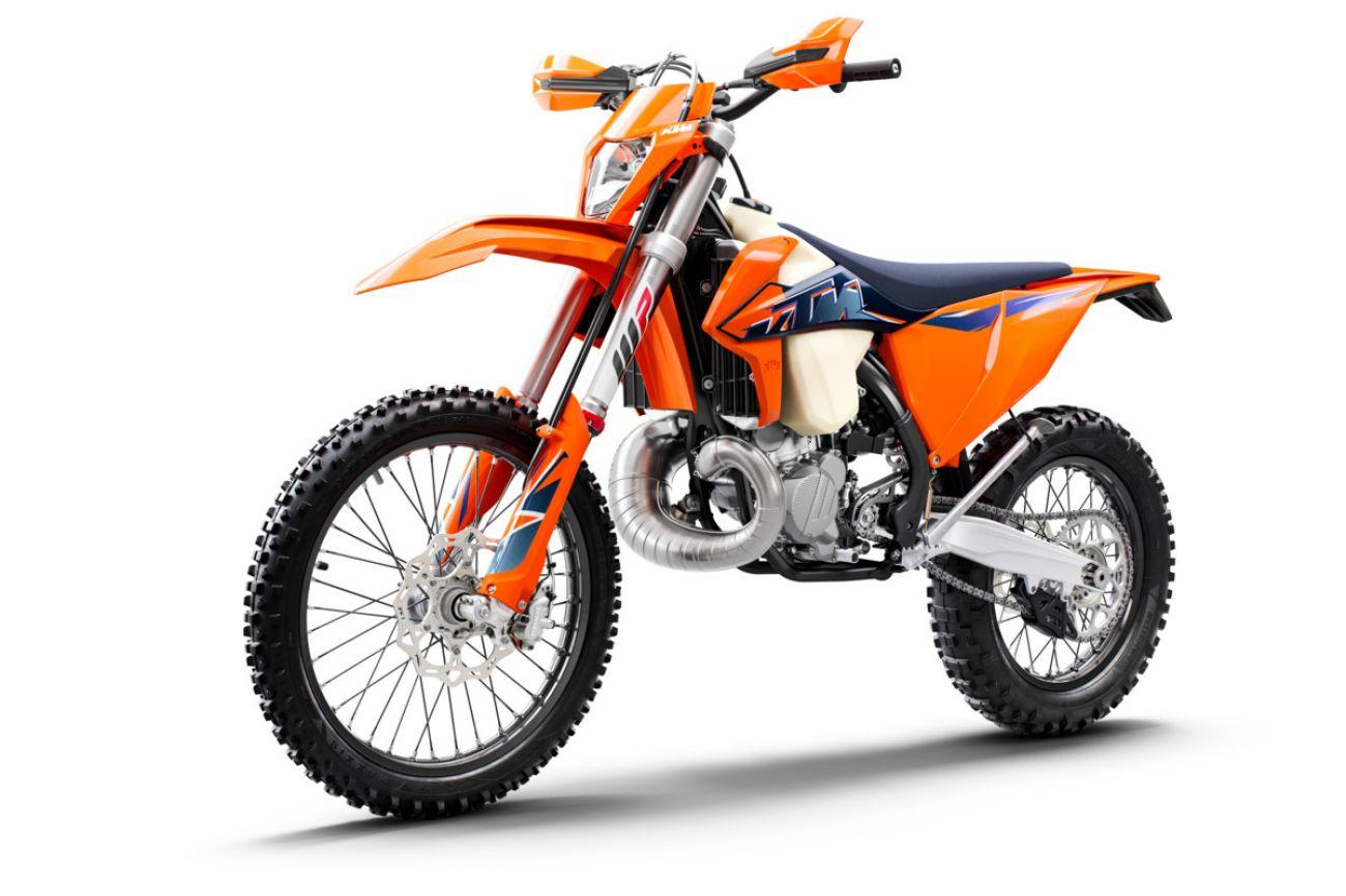 MOTORCYCLES KTM ENDURO MY22 378280_250EXCTPIMY22Front-Left