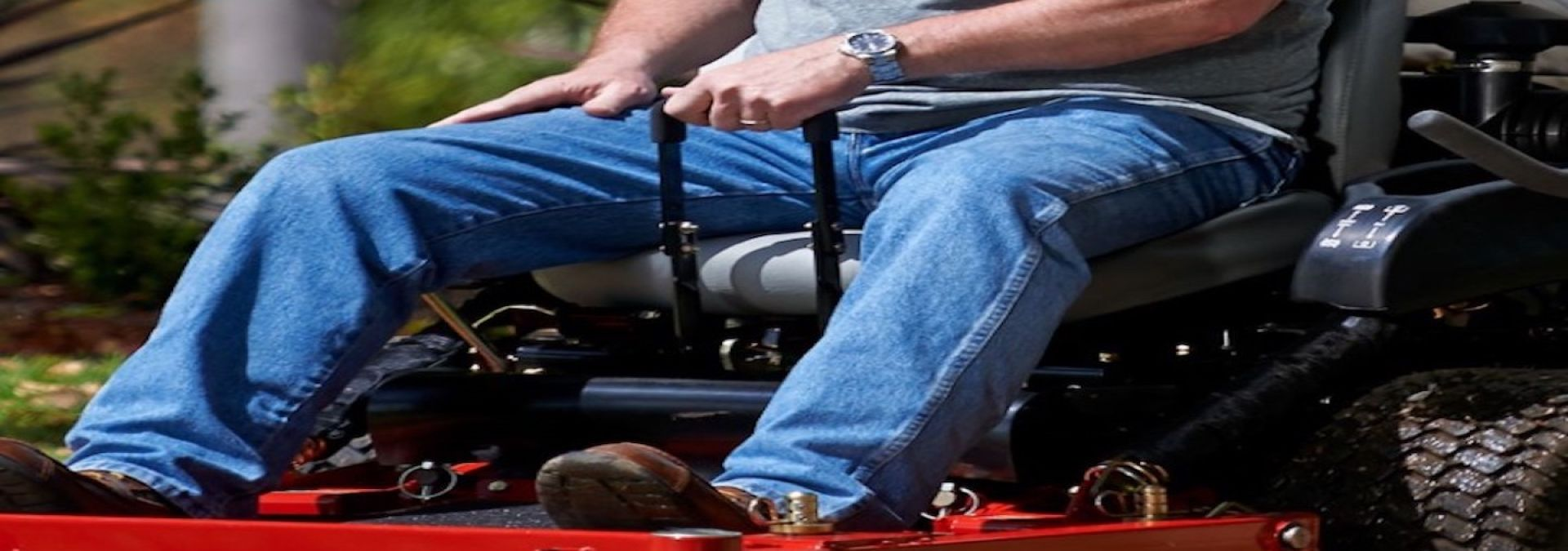 ride on lawn mowers benefits