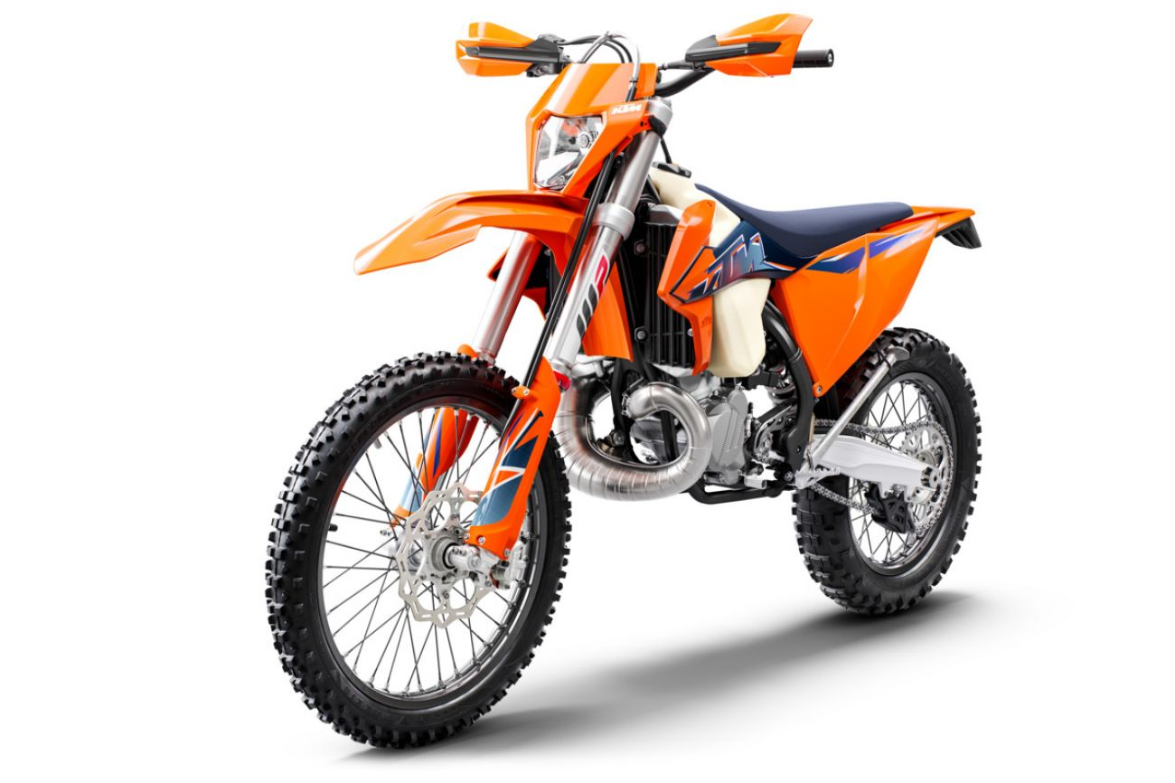 MOTORCYCLES KTM ENDURO MY22 378284_300EXCTPIMY22Front-Left