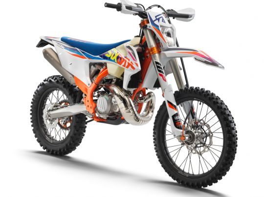MOTORCYCLES KTM ENDURO MY22 386915_250EXCTPISixDays_front_ri_MY22