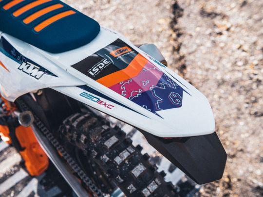 MOTORCYCLES KTM ENDURO MY22 381213_MY22KTM250EXC-TPI-SIX-DAYS-CatB