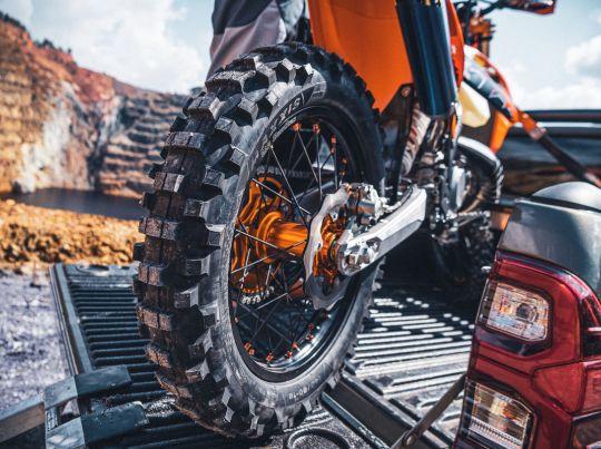 MOTORCYCLES KTM ENDURO MY22 381220_MY22KTM300EXC-TPI-CatB