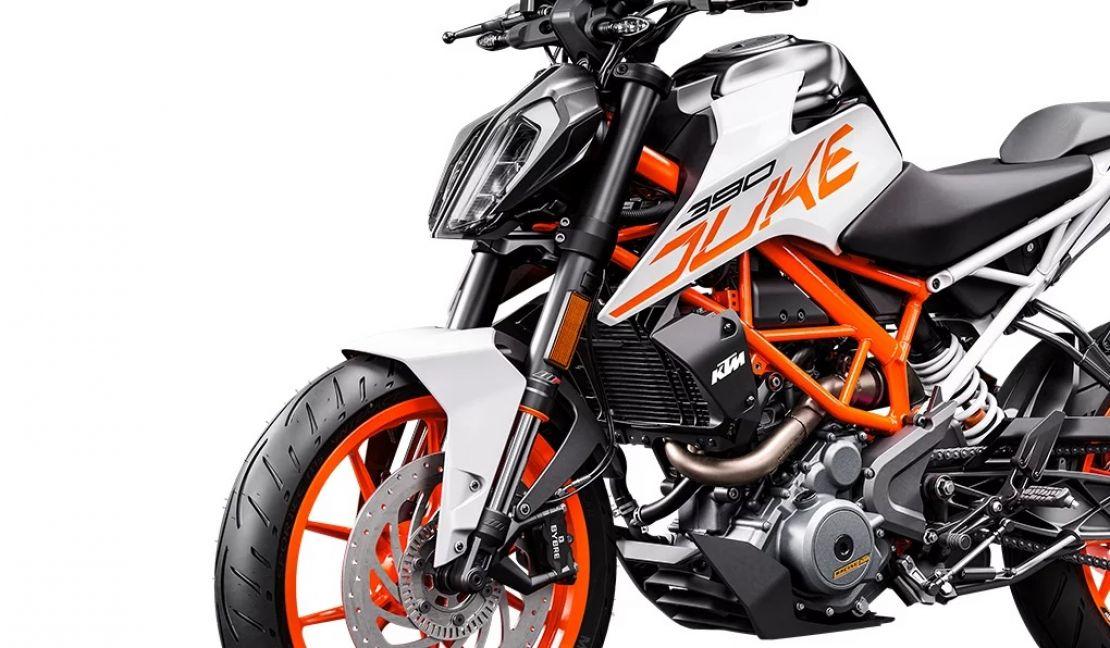 MOTORCYCLES KTM STREET MY20 390DUKE MODEL_MY20_390DUKE_LEFT_FRONT