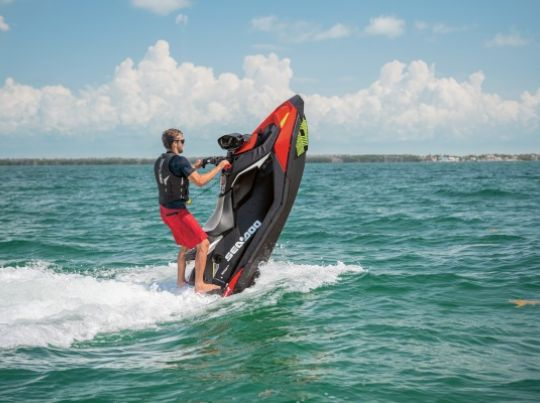 WATERSPORTS SEA-DOO_IMAGERY REC_LITE MY20_SPARK_TRIXX_CandleshotRig_110919083227