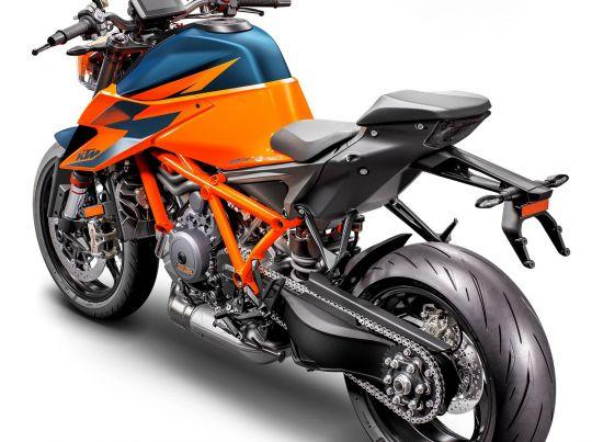 MOTORCYCLES KTM STREET MY20 1290SUPERDUKER MODEL_MY20_1290SUPERDUKER_REARLEFT