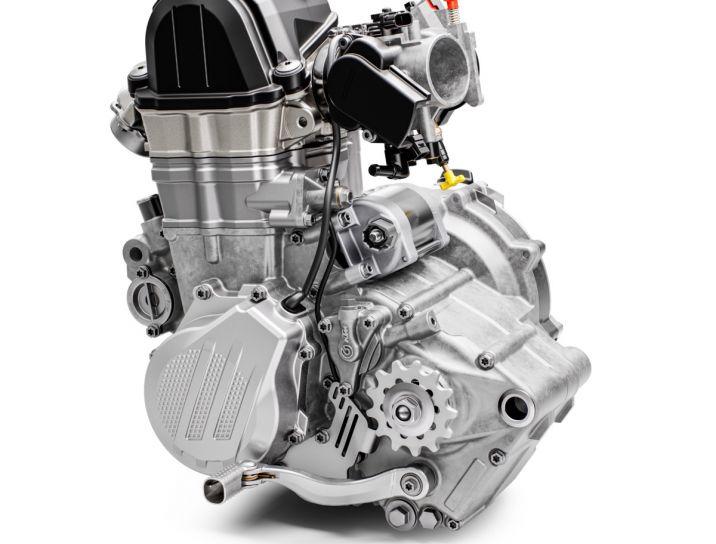 MOTORCYCLES KTM ENDURO MY20 2020_500EXCF MODEL_MY20_500EXCF_ENGINELEFT_KISKA