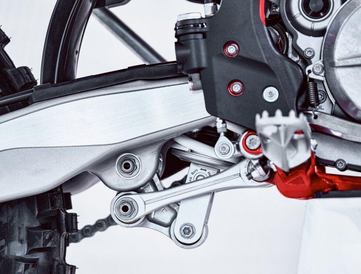 MOTORCYCLES GasGas MY21 ENDURO EC_300 6975_EC300-Parts_Detail_10_