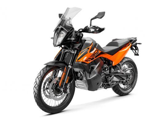 MOTORCYCLES KTM ADVENTURE MY21 890ADV 349191_890AdventureORANGEMY21Front-LeftMY21KTM890ADVENTUREModelRange-Studio