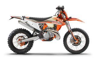 MOTORCYCLES KTM ENDURO MY22 386999_300EXC-TPIErzbergrodeo_90de_ri_MY22