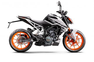 MOTORCYCLES KTM STREET MY21 DUKE_200 315779_200Duke2020ADDITIONALMODELINSOMECOUNTRIES