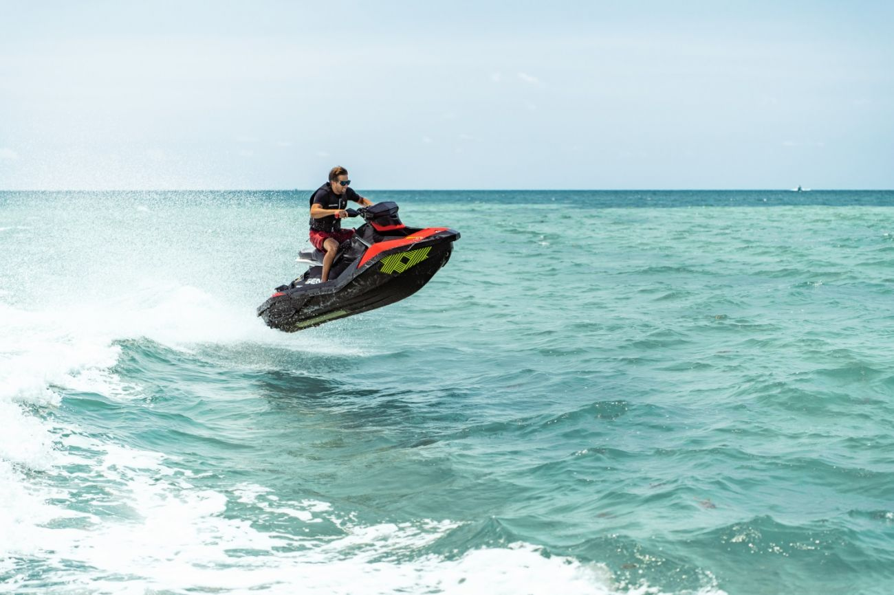 WATERSPORTS SEA-DOO_IMAGERY REC_LITE MY20_SPARK_TRIXX_ActionShotRid_110919083009_lowres