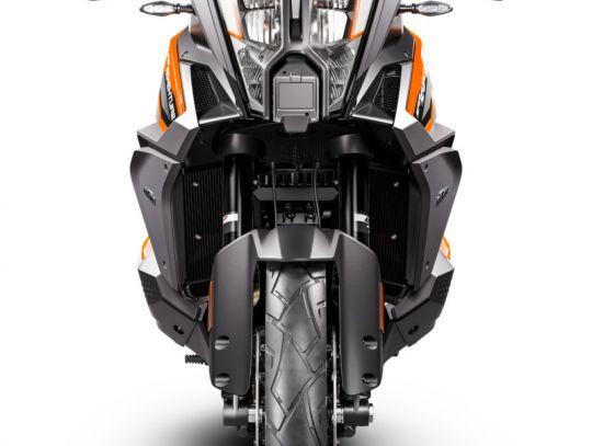 MOTORCYCLES KTM ADVENTURE MY21 1290ADV_S 379352_1290SADVSORANGeMY21Front