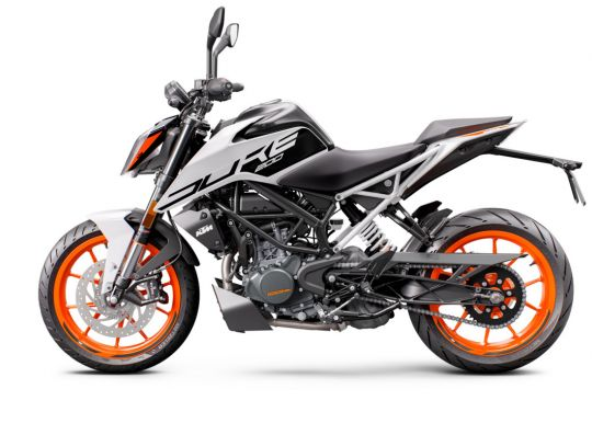 MOTORCYCLES KTM STREET MY21 DUKE_200 315778_200Duke2020ADDITIONALMODELINSOMECOUNTRIES