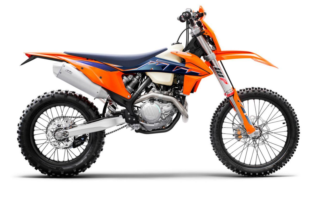 MOTORCYCLES KTM ENDURO MY22 378294_450EXC-FMY2290-Right