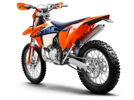MOTORCYCLES KTM ENDURO MY22 378286_300EXCTPIMY22Rear-Left