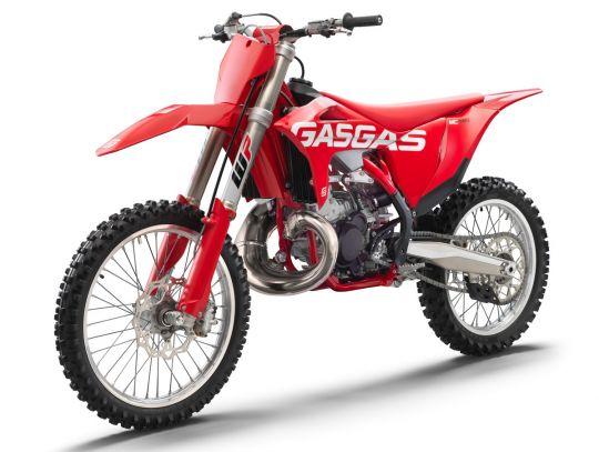 MOTORCYCLES GasGas MY22 MC MC250 16234_3235_MC250front_le_MY2021_FLAT2