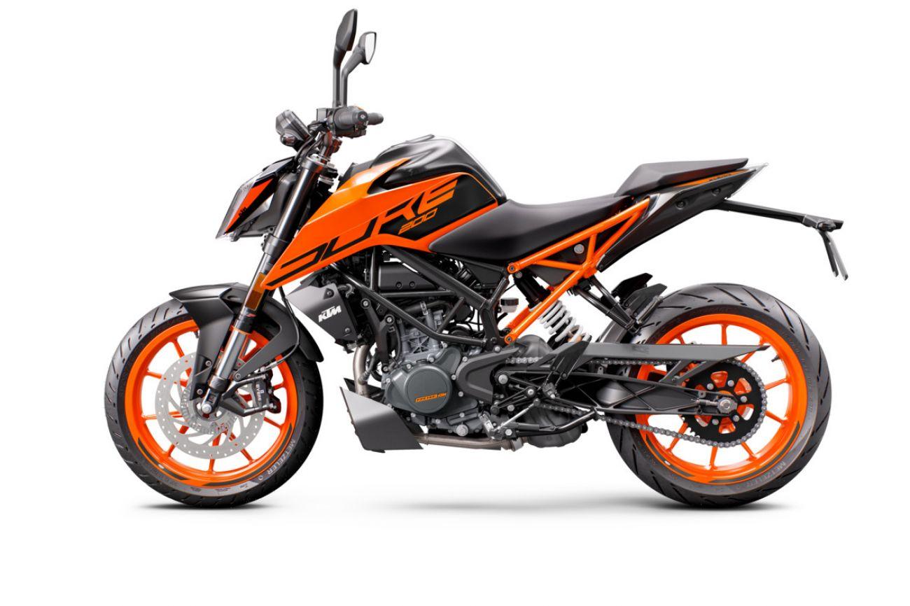 MOTORCYCLES KTM STREET MY21 DUKE_200 315758_200Duke2020ADDITIONALMODELINSOMECOUNTRIES