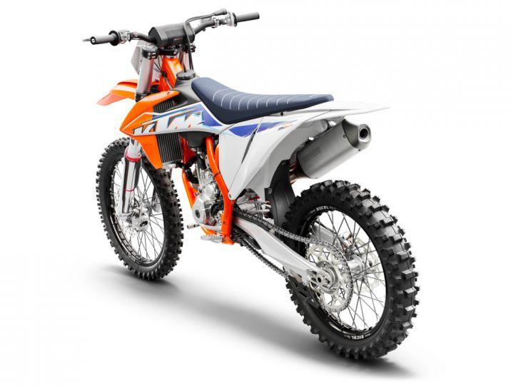 MOTORCYCLES KTM MOTOCROSS MY22 377766_250SX-FMY22Rear-left